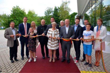 Inauguration de l'école de Bütgenbach.